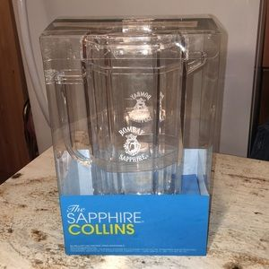 The Sapphire Collins Clear Acrylic Pitcher NEW